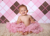 Argyle Print Backdrop For Infants - Item 228