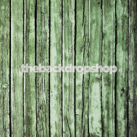 Green Wood Barn Siding for Maternity Portraits - Cool Family Photoshoot Background - Item 445