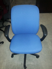 6 USED NATIONAL TRIUMPH ERGONOMIC WORK CHAIRS