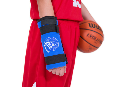PI 300 Pro Ice Wrist Wrap provides compression and ice therapy for therapeutic icing of the wrist due to injury such as wrist sprain, wrist tendonitis, wrist arthritis or after wrist surgery and during rehab.