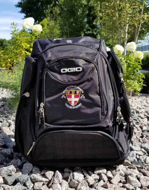 Ogio Metro backpack features back panel side-entry padded laptop pocket, large center storage area. Power cord and mouse storage, internal file sleeve. Weatherproof fleece-lined digital media/audio pockets with headphone exit port,. Adjustable sternum strap, deluxe organization panel.