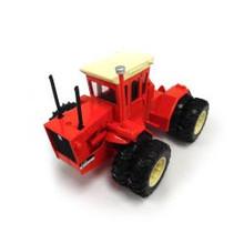 1:32 Allis Chalmers 440 4 wheel drive diesel tractor