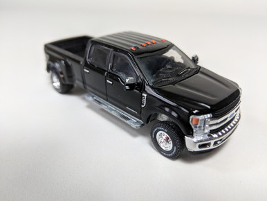 ford   king ranch dually  shadow black town  country toys