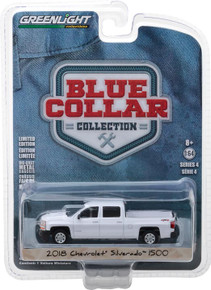 1:64 Blue Collar Collection Series 4 - 2018 Chevrolet Silverado 1500 White