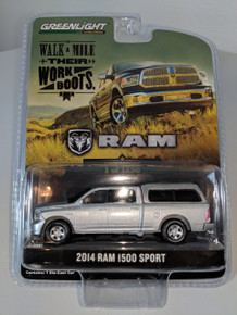1:64 2014 Dodge Ram 1500 Sport with Topper in Silver