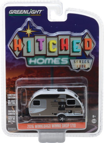 1:64 Hitched Homes Series 4 - 2016 Winnebago Winnie Drop 1710 - Champagne