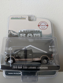 1:64 2018 Dodge Ram 3500 Dually, Laramie Longhorn, Black & Walnut