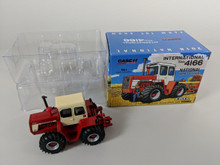 1:64 International 4166 4WD Tractor 2018 National Farm Toy Show, Toy Farmer Limited Edition