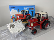 1:16 International 886 tractor with cab, 2018 National Farm Toy Show, Toy Farmer Limited Edition