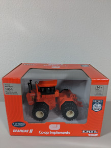 1/64 Bearcat II Co-Op Implements 4WD tractor with dual wheels, 5000 Produced
