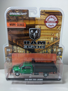 1:64 2018 Ram 3500 Laramie Dually, Green Cab With Black Dump Bed And Red Snow Plow, Outback Exclusive Green Machine