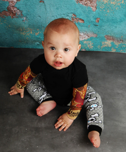Pirate Skull Baby Leg Warmers
