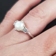 3 stone round Sterling silver  (Ring 31)