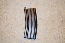 Well MR733 Spare magazine in black