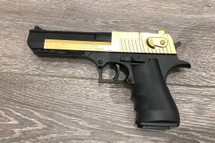 699B - Desert Eagle Spring Pistol in Gold