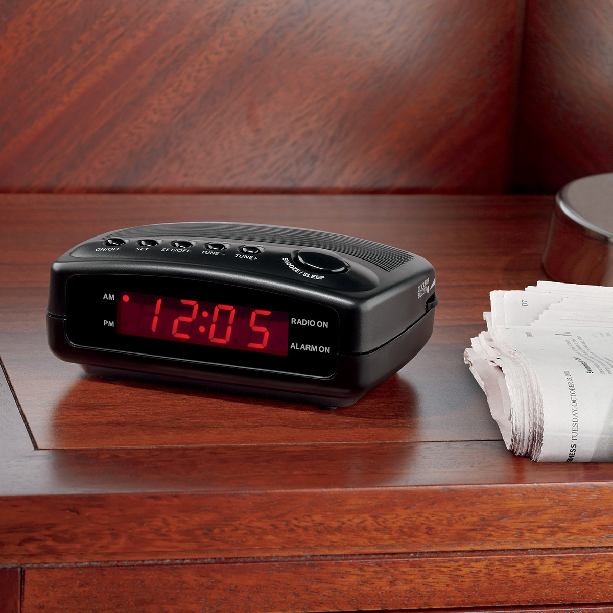 Conair WCR02 Compact Hotel Clock Radio with Single Day Alarm | Hotel and  Motel Supplies | HotelSupplyDepot.com
