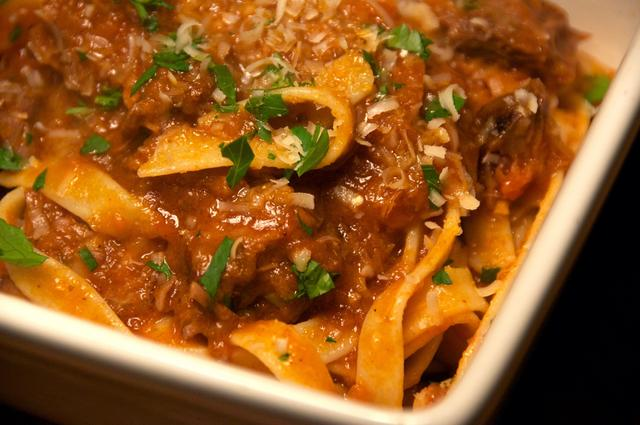 how to make braised beef shank fettuccine