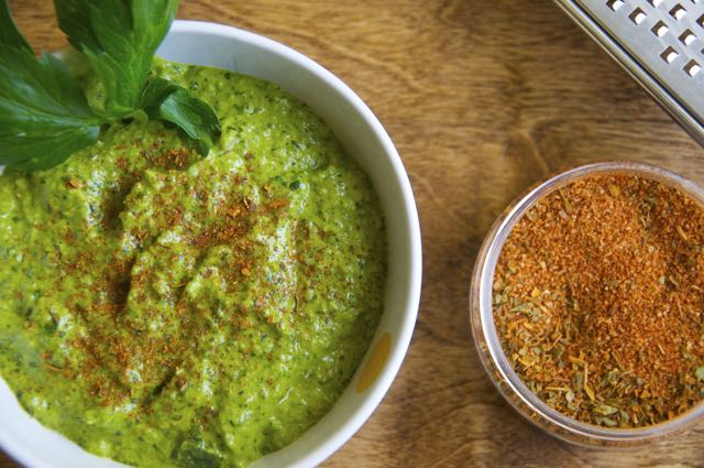 how to make roasted jalapeno and cilantro pesto