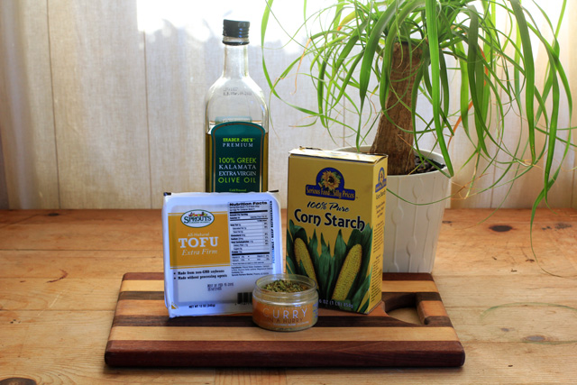 ingredients for crispy curry tofu