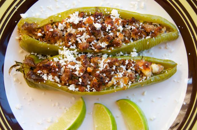 how to make stuffed hatch peppers