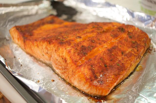 how to make smokin chipotle & maple salmon
