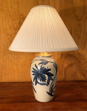 *Lamp- Blue Chrysanthemum -Mem. Day Sale Special-FREE SHIPPING!-Harp is included but No Shade
