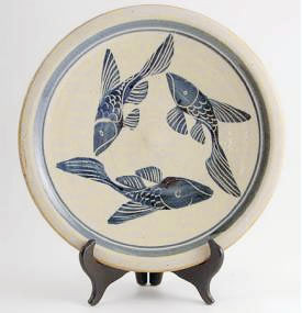 dinner plate - 3 Fish in Blue