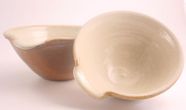 Mixing Bowl-2 Qt. with Pouring Spout--SOLD!