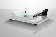 Rega Planar 3 Turntable with Elys 2 cartridge