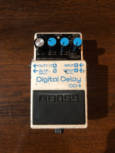 Preowned Boss DD6, case is marked and has one mismatched knob but works perfectly. As with all preowned items the pictures provided form part of the description so please study them carefully.  The DD-6 Digital Delay is the first BOSS delay pedal to offer true stereo delay and panning effects. Features include built-in tap tempo capability and a delay/hold time of over 5 seconds (5,200ms). A new Reverse mode makes it easy to get trippy '60s and '70s-style effects, while the newly designed Warp mode creates radical delay effects on the fly.