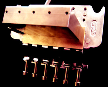 "<div id=""productDescription"" class=""productGeneral biggerText""> <p><span style=""font-family: verdana, arial, helvetica, sans-serif; font-size: xx-small;"">42mm Replacement Sustain Block for Floyd Rose Tremolo unit is made from the highest grade of bell brass.<br /><br /></span><span style=""font-family: verdana, arial, helvetica, sans-serif; font-size: xx-small;"">Mass = Sustain!</span></p> </div> <ul id=""productDetailsList"" class=""floatingBox back""> <li>Model: BSB002</li> <li>Manufactured by: FU-TONE.com</li> </ul> <p> </p> <div class=""navNextPrevWrapper centeredContent""> </div>"