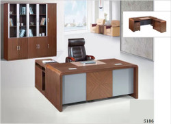 S186-1.4 منضدة مكتب