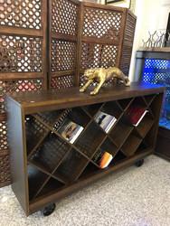 مكتبة كتب كبيره متحركة0