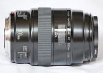 Canon EF 100mm Macro f/2.8 (Non-USM version)