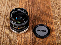 Sigma 28mm 2.8 Mini Wide Canon FD Mount Multi Coated Lens w Case