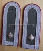 sbmfs006 - 2 - FELDWEBEL - Staatssicherheit MfS Wachregiment - State Secret Police - pair of shoulder boards