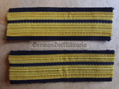 om680 - 2 - Volksmarine - Leutnant - Navy VM - pair of sleeve rank stripes