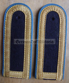 sbvml005 - OBERMAAT - Volksmarine Flieger Marineflieger - Navy Air Service - pair of shoulder boards with buttons