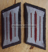 sbbs031 - pair of MfS Stasi Wachregiment enlisted EM Collar Tabs - Dress Uniform - colour coded older type