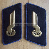 sbbs032 - 3 - DR Deutsche Reichsbahn - blue piping - Engineers Collar Tabs