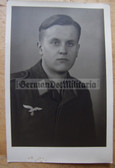 lwpc085 - Luftwaffe Soldat studio portrait photo