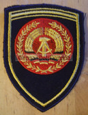 om018 - NVA VOLKSMARINE NAVY FAEHNRICH RANK SLEEVE PATCH