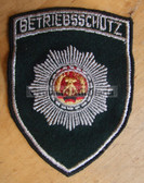 om085- 13 - BETRIEBSSCHUTZ SLEEVE PATCH for jackets - Volkspolizei VP VoPo police Works Protection units