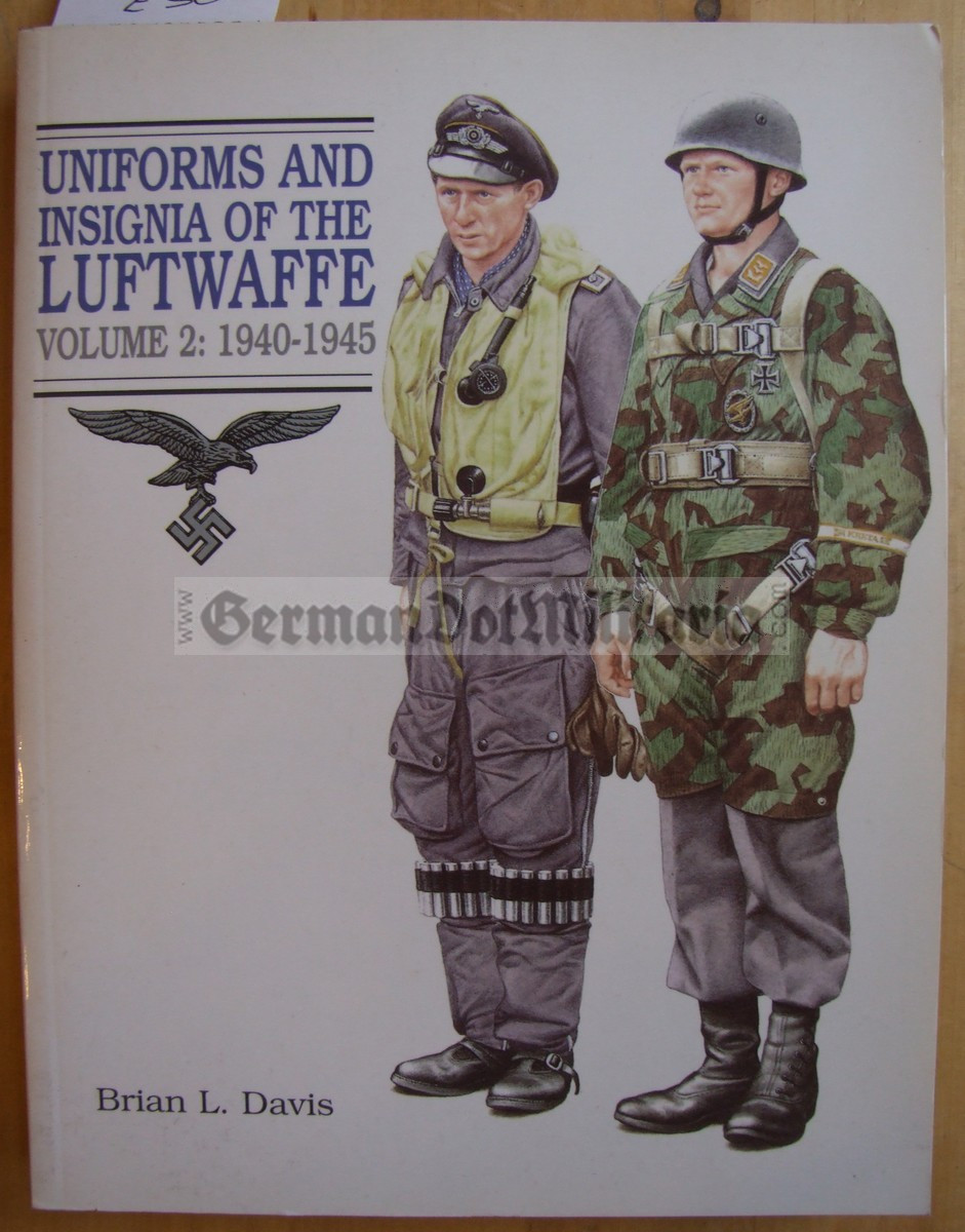 lwb008 - UNIFORMS AND INSIGNIA OF THE LUFTWAFFE 1933-1945