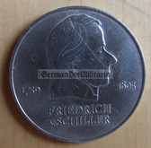 om271 - 13 - East German 20 Marks issued coin - c1972 Friedrich Schiller