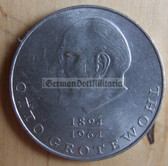 om273 - 4 - East German 20 Marks issued coin - c1973 Otto Grotewohl