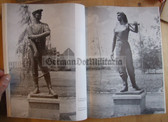 ob043 - SIEGER DER GESCHICHTE from 1969 - Socialist Art in the DDR - huge book