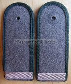 sblad002 - Gefreiter - Rueckwaertige Dienste - Rear Services - pair of shoulder boards