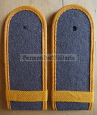 sblay003s - UNTEROFFICERSSCHUELER - NCO STUDENT - Nachrichten - Signals - pair of shoulder boards