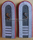 sblar018 - 9 - OFFIZIERSSCHUELER YEAR 4 - Officer Student - Artillerie - Artillery - pair of shoulder boards